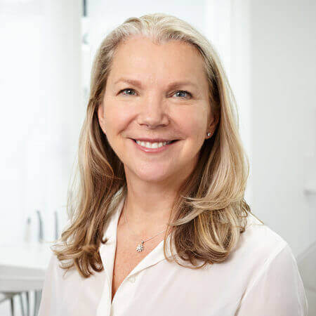 Dr Anna Maciag